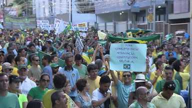 Milhares de pessoas vão às ruas em protesto contra corrupção e governo em Salvador - Foram dois protestos pacíficos no domingo (15) na região da Barra e de Ondina.