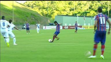 Thiago Real se destaca em partida do Bahia que teve 5 gols - O Tricolor teve uma importante vitória em cima do Galícia no Baianão e está praticamente classificado para a próxima fase. Thiago fez dois gols na partida.