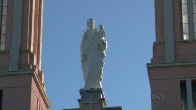 A catedral de Campo Mourão recebeu a imagem de São José - O santo é o padroeiro da cidade