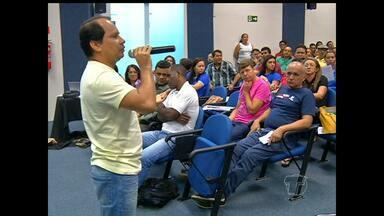 Professores decidem entrar em greve em Santarém - Sintepp definiu greve nesta segunda em reunião
