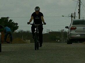 Curso reforça os melhores modos de o motorista lidar com o ciclista - Evento ocorre esta semana em Caruaru, no Agreste pernambucano, e é destinado a instrutores de escolas formadoras de condutores.