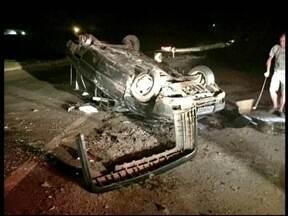 Trevo da UFFS volta a causar acidente - Uma pessoa ficou ferida depois de acidente na manhã deste sábado (14), no trevo em Erechim, RS