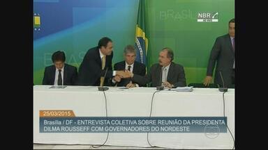 Governadores do Nordeste entregam carta de apoio a Dilma Rousseff - Eles tiveram encontro a portas fechadas com a presidente.