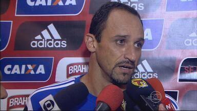Magrão faz grande partida, mas Sport não segura o Fortaleza - Náutico tem semana difícil com Departamento Médico cheio.