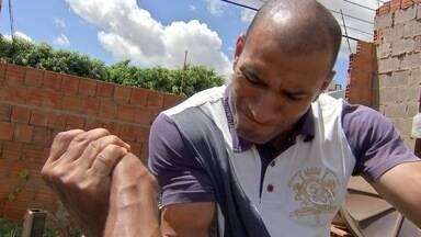 Irmãos bracistas comemoram conquista de medalhas no Paraná - Conheça a história do Carlos e do Augusto. São dois irmãos que moram em Campo Grande e que estão comemorando medalhas conquistadas em um campeonato de braço de ferro, no Paraná.