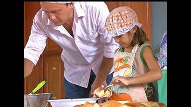 Em Santarém, crianças aprendem a preparar receita de lanche saudável - Nesta terça-feira (31) é comemorado o Dia da Nutrição.