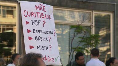 Servidores da saúde de Curitiba decidem encerrar greve da categoria - Eles pararam na segunda-feira (30), reclamando de atrasos nos pagamentos. Justiça considerou a greve ilegal e mandou que todos voltassem ao trabalho.