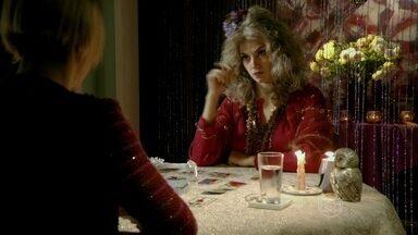 Astral TV estreia 'Cartomantes Indecisas' - O programa para quem não tem pressa de saber do futuro