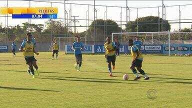 Futebol: Cristian Rodríguez está de fora de partida contra Novo Hamburgo - Novo Hamburgo também tem desfalques como Luan e Marcio.