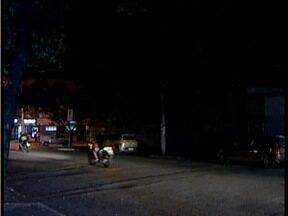Falta de iluminação pública em alguns pontos de Valadares incomoda moradores - Atualmente, o problema atinge 20% da população.