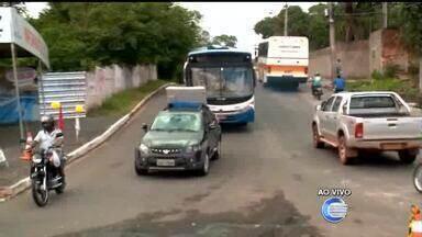 Motoristas passam por transtornos em rota alternativa a BR-343 - Motoristas passam por transtornos em rota alternativa a BR-343