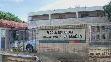 Professores da rede estadual de ensino de Pernambuco seguem em greve - Governo do Estado afirma que não vai negociar com a categoria enquanto professores não voltarem a trabalhar.
