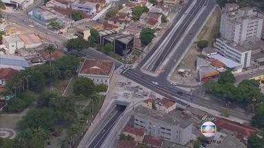 No Recife, Túnel da Abolição é liberado para o tráfego - Saiba o que mudou para os motoristas com a novidade no trânsito.