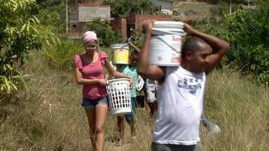 Moradores de Itabuna sofrem com problemas no abastecimento de água - Em algumas localidades falta água há mais de uma semana.