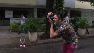 Fran e Paulo criaram um blog que virou o 'ganha pão' do casal - Negócio começou com o hobby de fotografar pessoas nas ruas