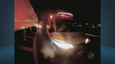 Baleado na cabeça, motorista dirige desorientado após tentativa de roubo em Paulínia, SP - Apesar do ferimento, o caminhoneiro ainda dirigiu por alguns metros até parar o veículo. A carga que ele levava foi avaliada em R$ 850 mil.