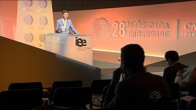 Fórum da Liberdade reúne palestrantes e debate desenvolvimento econômico - 'Caminhos da Liberdade' é o tema da 28ª edição do evento.