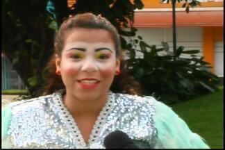 Circo Sesi faz mais uma apresentação gratuita em Divinópolis - Espetáculo ocorre na Praça do Santuário.Escolha do universo circense atrai famílias inteiras.