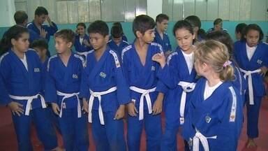 Projeto social é realizado em escola da Zona Sul de Porto Velho - Ações na área de lazer, recreação, entretenimento, cultura, entre outras, são desenvolvidas na escola.