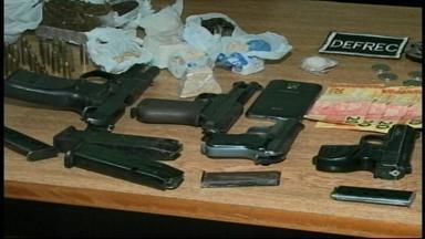 Casal é preso em flagrante por tráfico de drogas - Eles já estavam sob investigação da polícia civil.