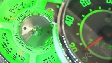 Conserto do marcador de combustível é simples e rápido - Um marcador de combustível não confiável é certeza de stress. Mostramos como descobrir a causa do defeito. Muitas vezes é um conserto rápido e barato.