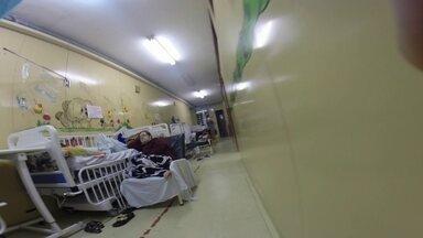 Pacientes enfrentam superlotação e falta de estrutura no HMIB - O elevador não funciona e os corredores estão cheios. Segundo pacientes, faltam medicamentos. Também nào há leitos adequados.