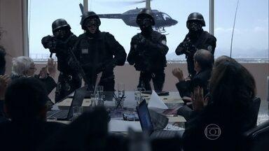 Ação! Atiradores de elite surgem na tela! - Grupo de operações especiais faz missão complicada, mas tem que abortá-la.
