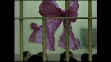 Dia das Mães é lembrado na penitenciária de Rio Grande, RS - Cerca de 95% das apenadas de Rio Grande cometeram crimes relacionados ao tráfico de drogas.