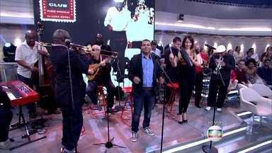 Buena Vista Social Club abre o Encontro - Orquestra cubana toca ao som de salsa