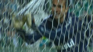 Valdivia torcedor, Walter gordinho e gol bizarro contra o Grêmio: a rodada do Brasileiro - Confira o que aconteceu nas outras partidas do campeonato