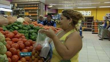 Inflação reduz poder de compra do trabalhador no Ceará - Fortaleza teve segunda maior inflação da cesta básica em abril.
