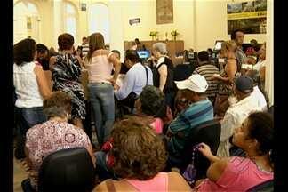 Em Belém, Sefin prorroga prazo para contribuinte regularizar débitos tributários - Ontem (20) muita gente procurou a Central de Atendimento da Secretaria de Finanças e houve muita reclamação.