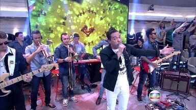 Wesley Safadão abre o Encontro em ritmo de forró - Banda anima convidados e plateia do programa