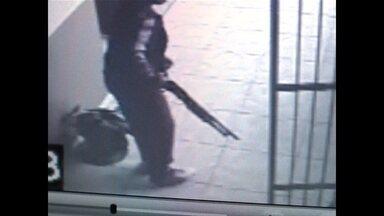Adolescente entra na escola com espingarda em Nova Palma - O aluno, de 14 anos, disse que queria matar uma professora.