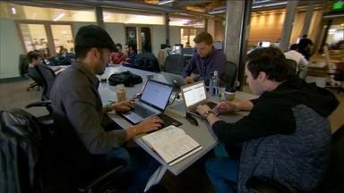 Região dos EUA atrai milhares de jovens empreendedores da internet - Vale do Silício é conhecido como o berço da inovação, onde estão concentradas as maiores empresas de tecnologia do mundo.