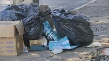 SLU estuda mudanças no planejamento das equipes que limpam as ruas - Começou a Semana do Meio Ambiente. O Bom Dia DF mostra onde o lixo produzido vai parar. Diante de toda a sujeira e entulho abandonados no meio do verde, os moradores dizem que faltam lixeiras e educação.