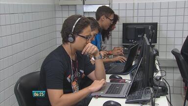 Competição de tecnologia reúne estudantes no fim de semana - Eles criaram aplicativos para fiscalizar obras públicas.