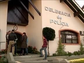 Dezesseis pessoas são rendidas durante assalto à ônibus na BR-116 - Três homens entraram no ônibus que estava próximo à Nova Petrópolis e anunciaram o assalto.