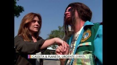 Adriana Esteves vira estrela de cinema no Casseta & Planeta Urgente - Reveja o quadro do humorístico que foi ao ar em 1997