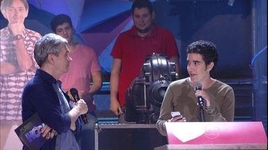 Serginho Groisman abre espaço para declarações de amor - Plateia manda mensagem para a pessoa amada