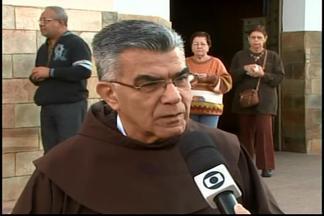 Divinópolis tem programação especial no dia de Santo Antônio - Missas estão realizadas durante todo o dia.