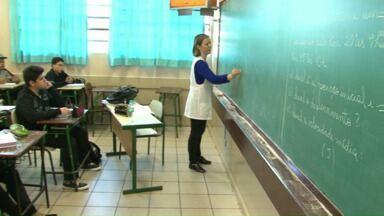 Começa reposição de aulas aos sábados em Cianorte e Umuarama - Em Paranavaí a reposição deve começar na semana que vem.