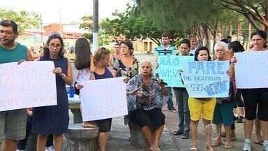 Moradores de conjuntos residenciais fazem protesto - Moradores de conjuntos residenciais fazem protesto.