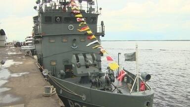 Comando do 9º Distrito Naval abre portas de navio-patrulha - Ação faz parte das comemorações de aniversário da Batalha Naval do Riachuelo.