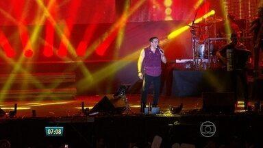Wesley Safadão encerra segunda noite do São João da Capitá - Segundo organização, 30 mil pessoas passaram pelos seis palcos do festival.