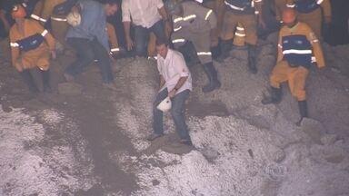 Primeiro túnel das obras do Joá, no Rio, é aberto - O primeiro túnel das obras de ampliação do Elevado do Joá, o Túnel de São Conrado, foi totalmente aberto no domingo (14). As interdições, no entanto, seguem até julho.