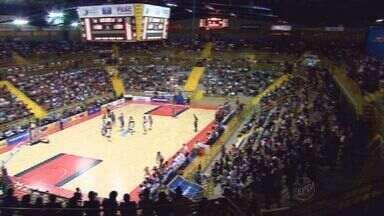 Base do Franca Basquete é celeiro de gigantes do esporte no Brasil - Grandes craques começaram a carreira no Franca Basquete.