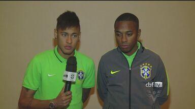 Neymar e Robinho prestam homenagem a Zito - Revelados no Santos, jogadores falam sobre o ex-jogador, que faleceu no último domingo (14).