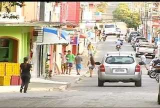 Crescimento no número de assaltos e assassinatos assustam comerciantes de Carlos Chagas - Somente neste ano foram registrados quatro assassinatos na cidade que tem aproximadamente 20 mil habitantes.