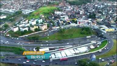Veja imagens do trânsito na Ligação Iguatemi-Paralela, em Salvador - Confira no Radar do JM.